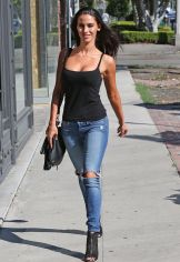 jessica-lowndes-in-ripped-jeans-out-in-los-angeles-10-21-2015_19