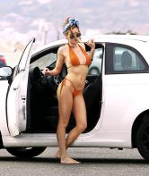 Bella-Thorne--Bikini-Photoshoot-2016--19-662x789