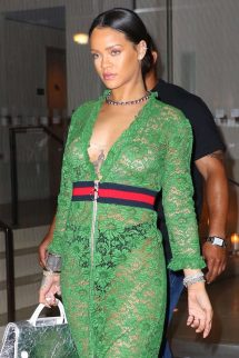 Rihanna-in-green-lace-dress--03-662x993