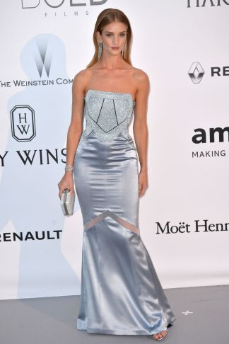 rosie-huntington-whiteley-at-amfar-s-23rd-cinema-against-aids-gala-in-antibes-05-19-2016_6