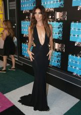 lily-aldridge-at-mtv-video-music-awards-2015-in-los-angeles_9