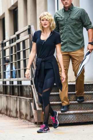 taylor-swift-leaves-a-gym-in-new-york-09-07-2016_7
