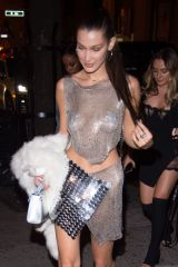 bella-hadid-arrives-at-up-down-nightclub-in-new-york-10-09-2016_15