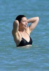 jessica-biel-in-bikini-at-a-beach-caribbean-11-09-2016_3