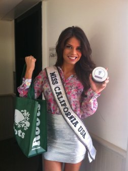 MISS CALIFONRIA USA AT THE WOW GIFT LOUNGE ON FEBRUARY 18