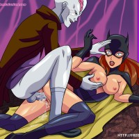 A little mind trick and Batgirl gets her wet pussy fucked!