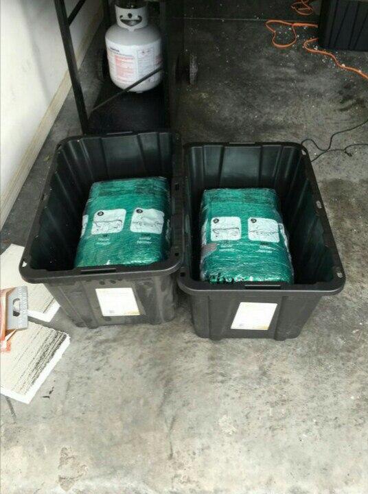 бонус к заказу из интернета – 30 килограммов наркотиков