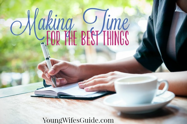 Making time for the best things is reminding yourself of what matters most and what sparks joy in your life. Giving yourself the visual reminder of how you are are spending your time and if it matches up to your priorities, helps you to set goals that matter today!