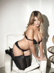 holly peers 0914 topless photos 13 - Holly Peers awesome outtakes for Nuts Magazine