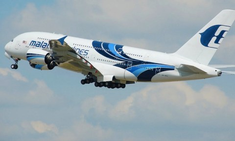 malaysia-airlines-airbus-a380-800-9m-mna-990x594