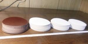 オーダーメイドのレザーコースター10枚分の裁断が完了しました。