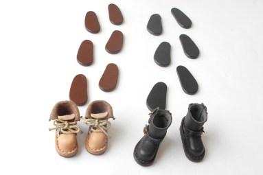 靴と靴底がおりなすホワイトボード上の物語…