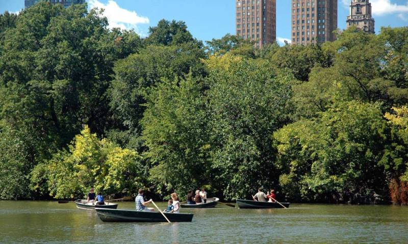 central-park-boat-trip