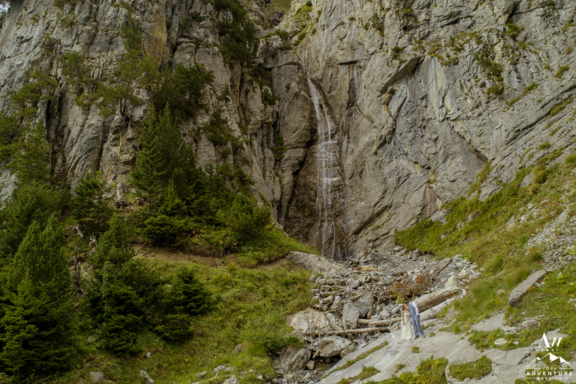 oeschinensee lake waterfall wedding photo