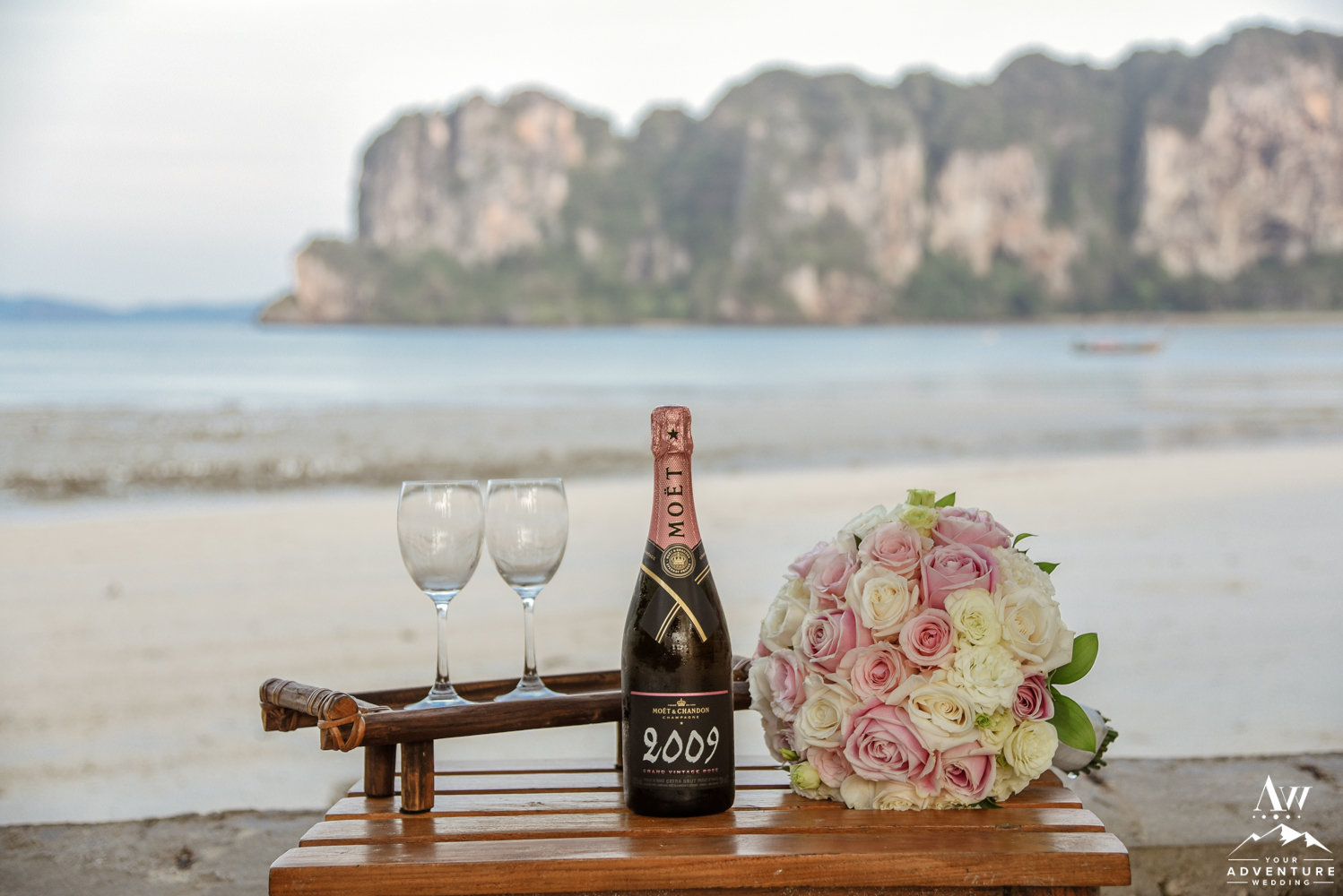 Luxury wedding in Thailand at the Rayavadee Resort