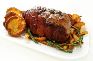 Roast beef with vegetables.