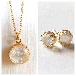 Queen of the Crown Set_ Yellow Gold Crown Round Necklace & Stud Earrings