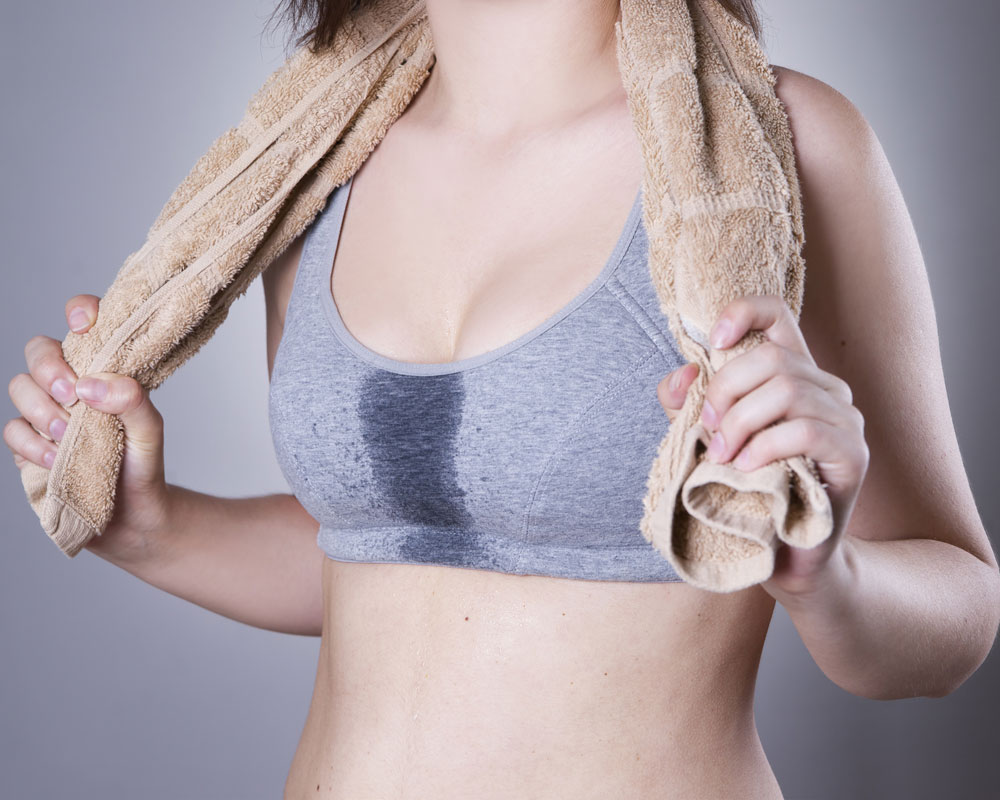 Which Attracts Men More: Perfume or Sweat?
