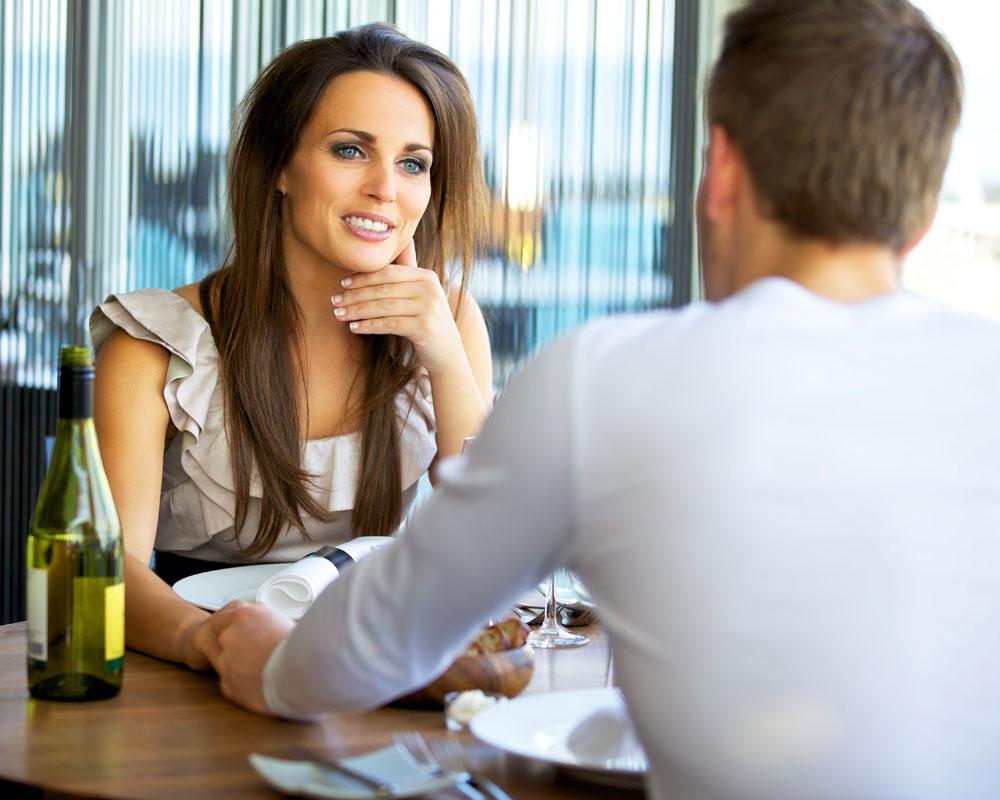 3 Ways High Status Women Test Men