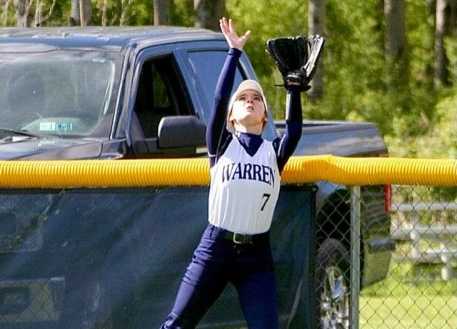 Warren Softball Falls To Villa By One Run for Second Time This Season