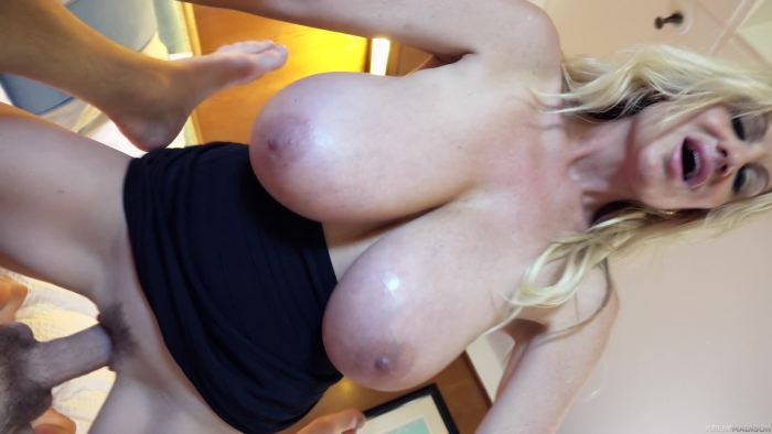 Kelly Madison - First Mate