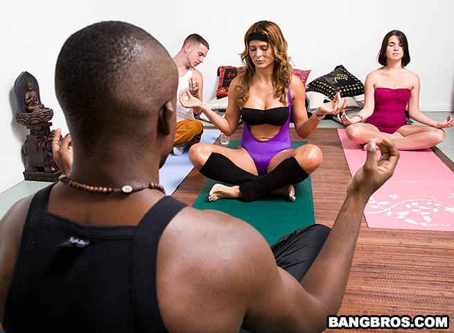 Monique Fuentes - A Sexy Yoga Class
