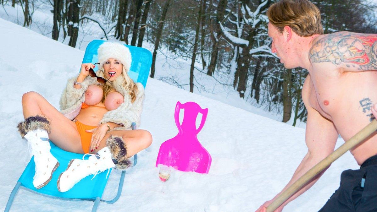 Rebecca Moore - Ski Bums Episode 2