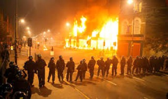 """shakespearean qiuote applied to the media coverage of Ferguson's riots, """"I will no more trust him when he leers, than I will a serpent when he hisses."""""""