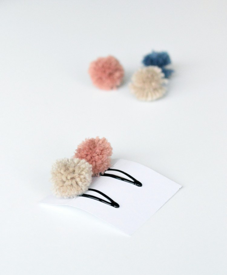 how to make pom pom hair clips