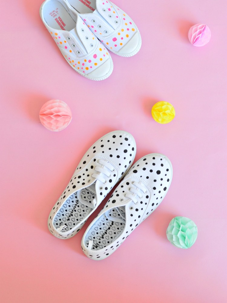 how to paint canvas shoes with fabric paint