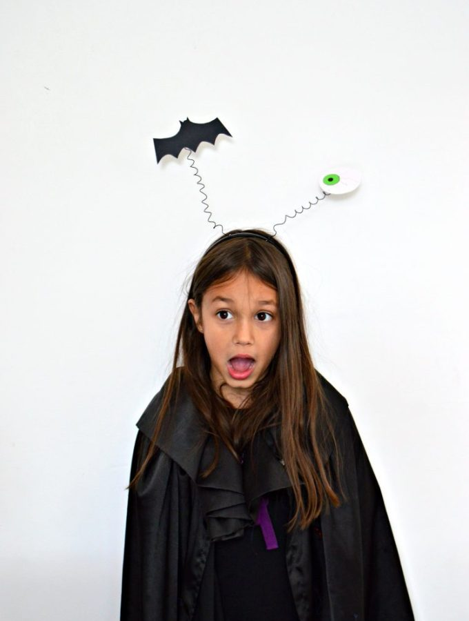 Bouncy DIY Halloween headbands (with video!)