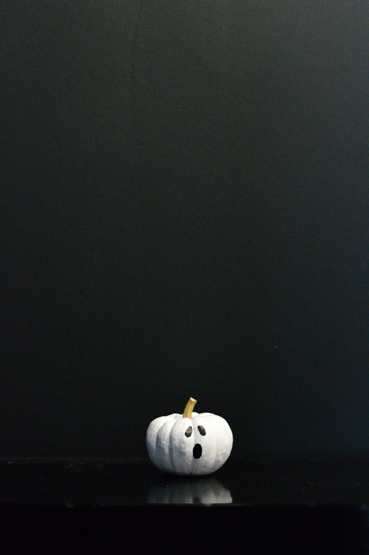 mini pumpkin painting ideas