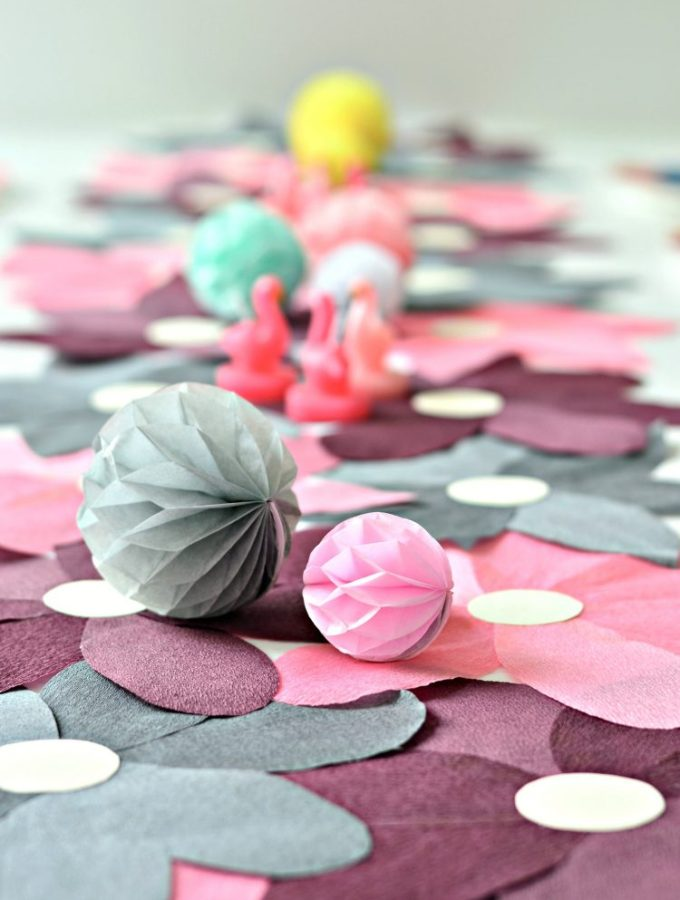 Flower power: DIY crepe paper table runner