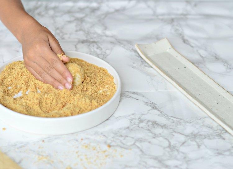 how to make mini cheesecake bites