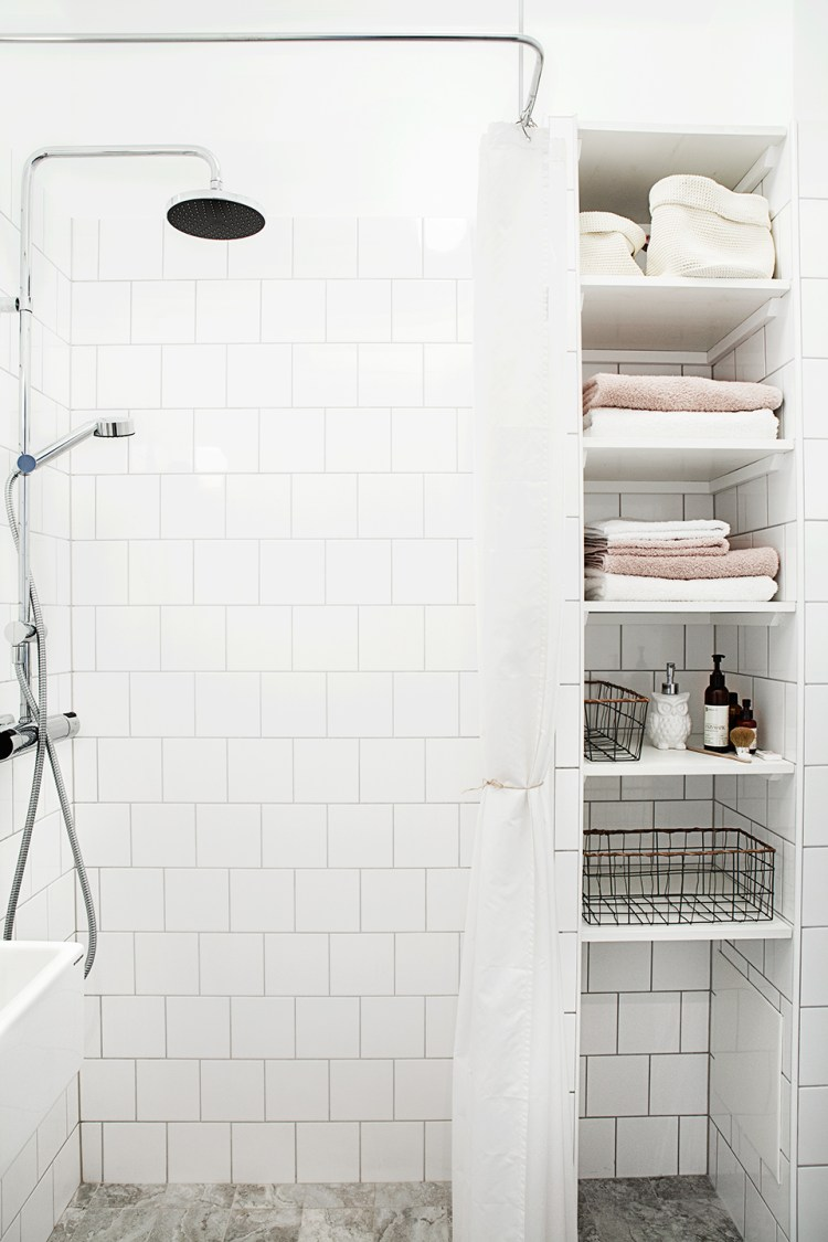 clutter-free bathroom storage ideas
