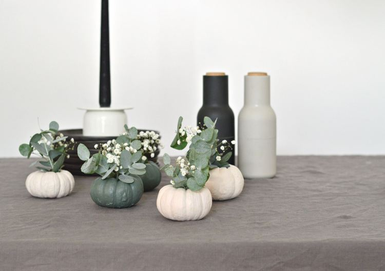 diy mini pumpkin vases halloween