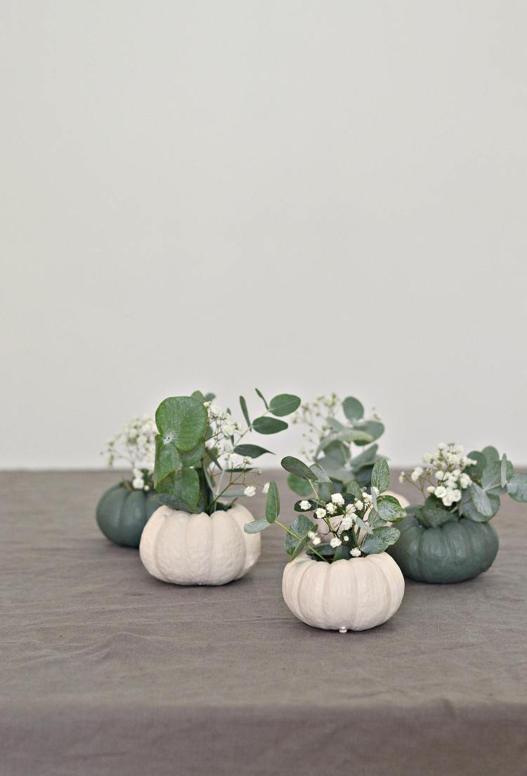 mini pumpkin table decorations