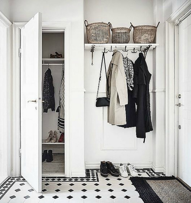 organised entryway ideas