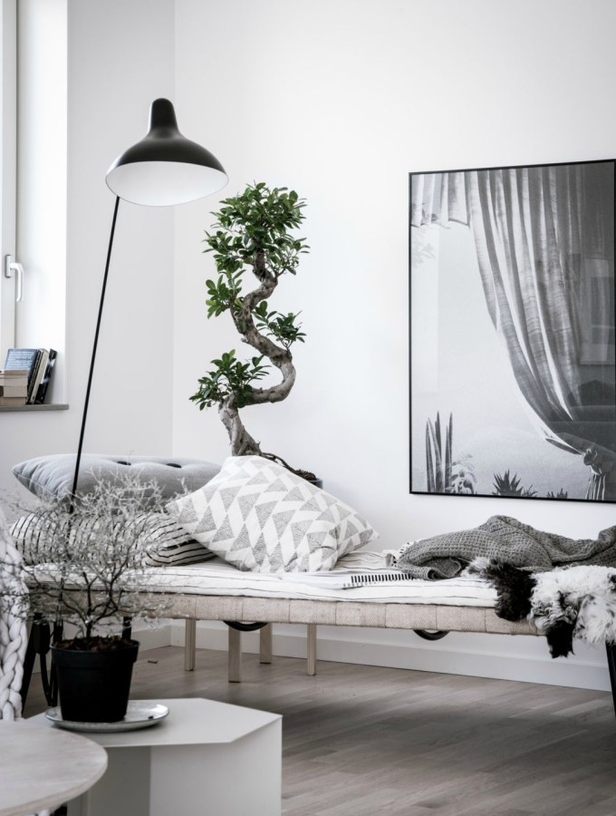 7 ways to instantly transform your living room in to a stylish space