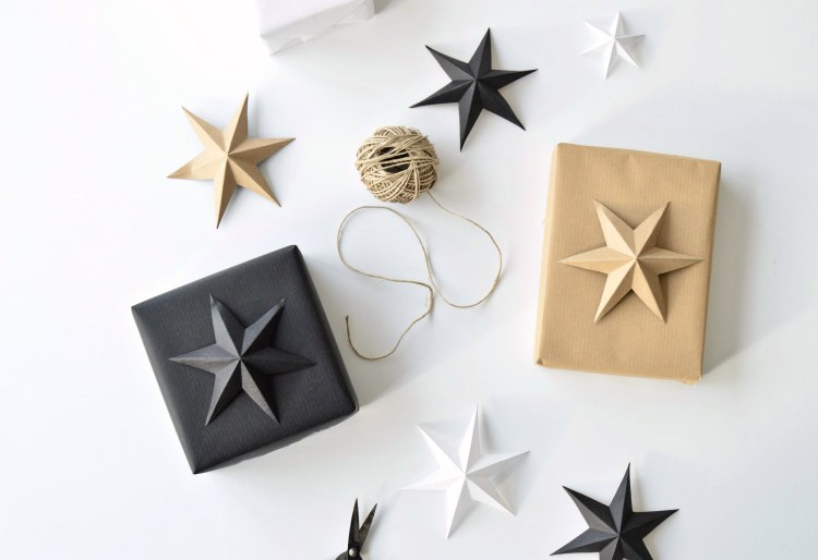 kraft paper gift wrapping idea
