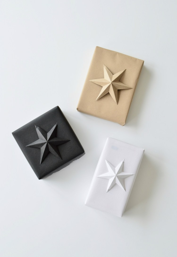 minimalist Christmas gift wrapping idea