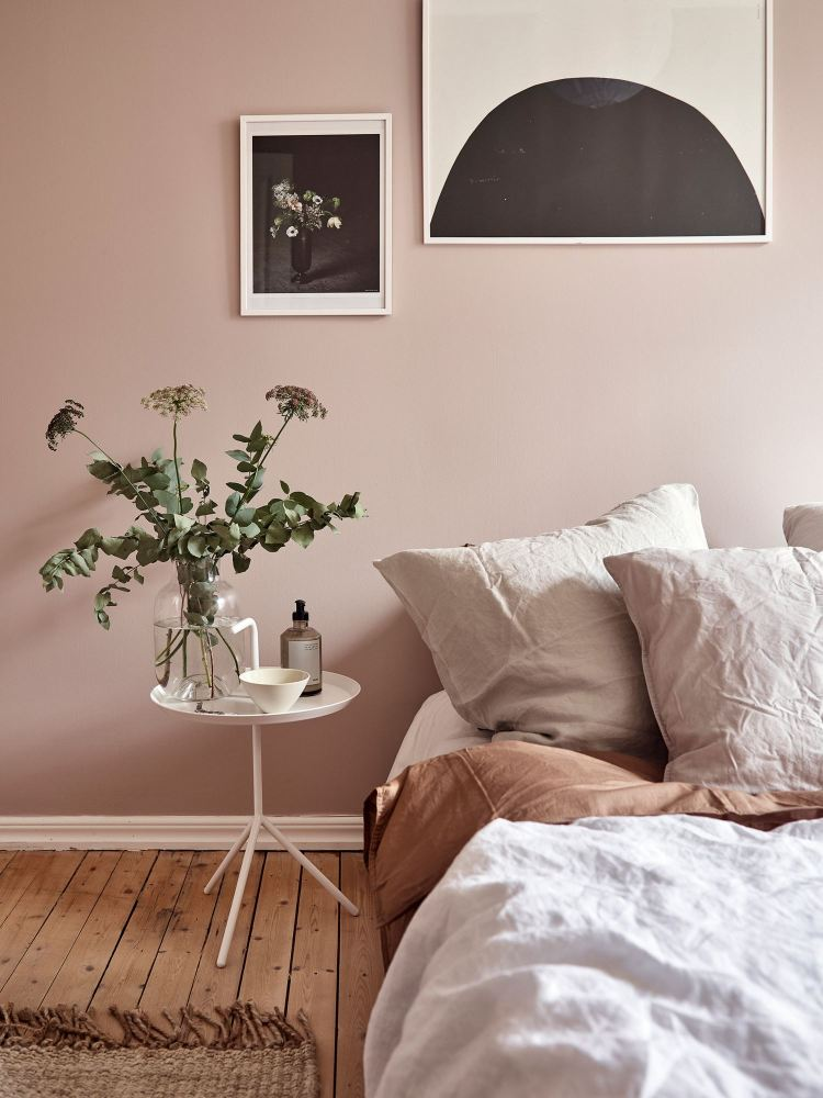 minimal blush bedroom