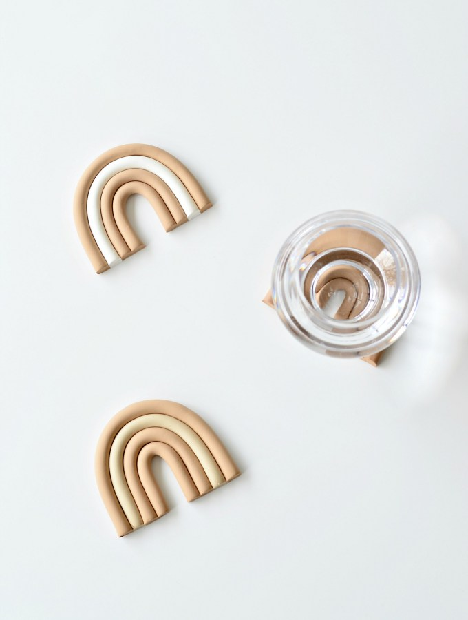 The cutest rainbow inspired DIY clay coasters