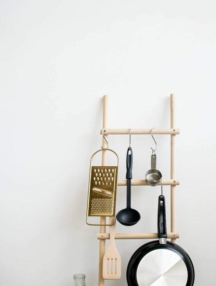 DIY decorative ladders for storage
