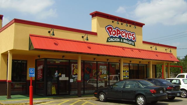Popeyes held at gunpoint by man demanding chicken sandwiches called a 'False Flag' by Chick-fil-A, Wendy's