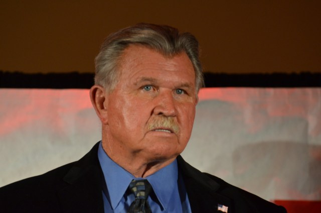 Mike Ditka Says He's Having a Hard Time Achieving Orgasm During the National Anthem
