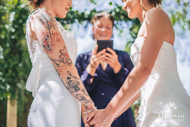 Multilingual Lesbian wedding ceremony conducted by a wedding celebrant in Portugal