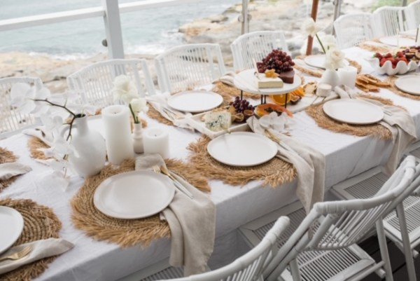 Linen napkin and cutlery hire