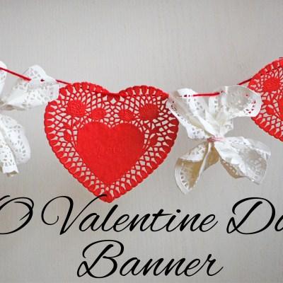 XOXO Valentine's Day Doilie Banner