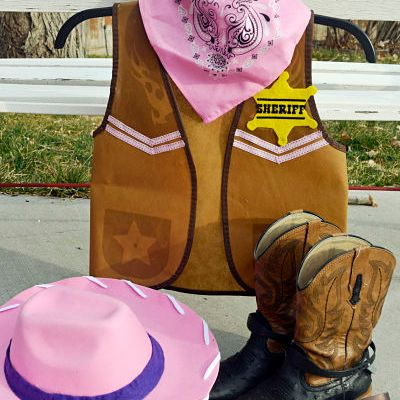DIY Sheriff Callie Hat & Vest